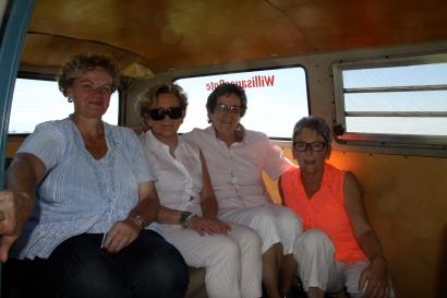 Die vier Montagsfrauen unterwegs auf die Hinter Arnialp.